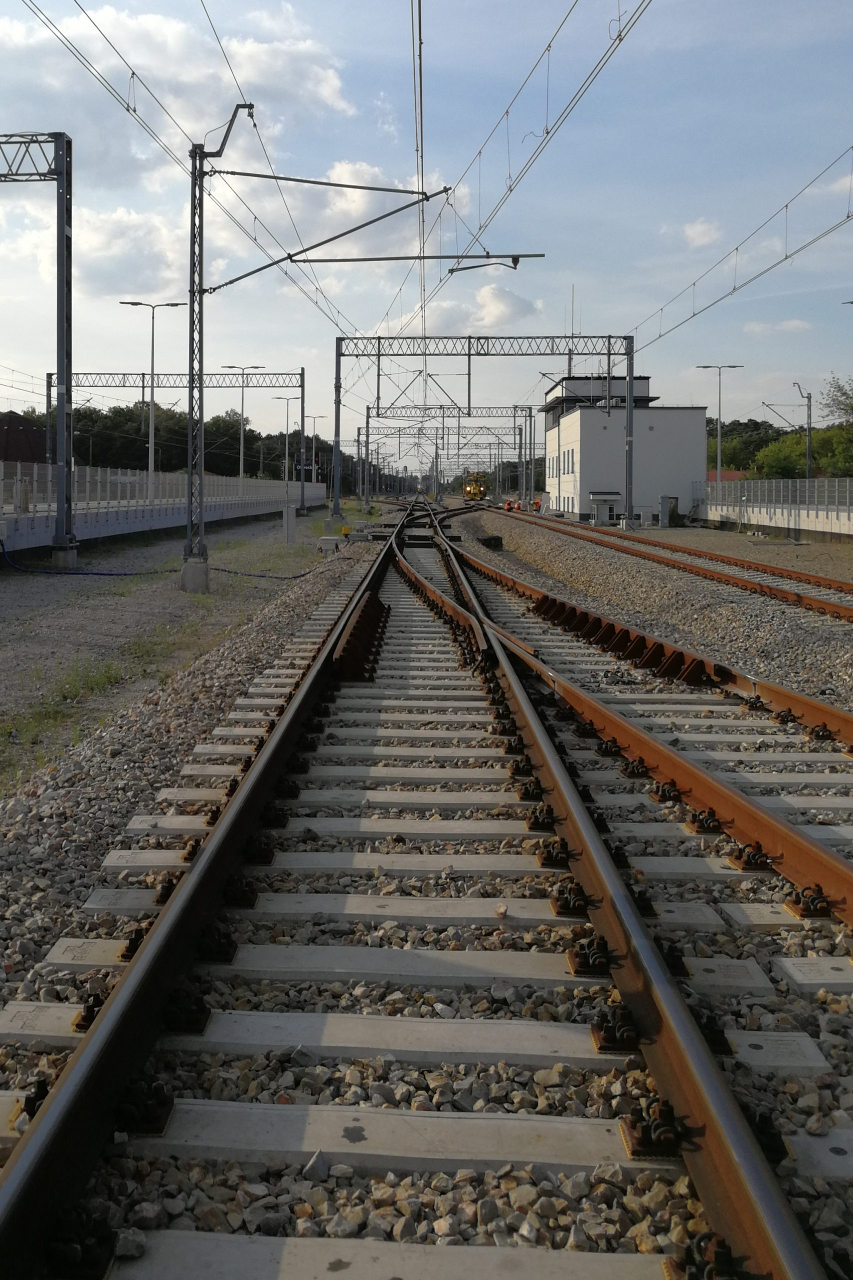 Stacja Otwock, zdjęcie torów ielektryfikacji